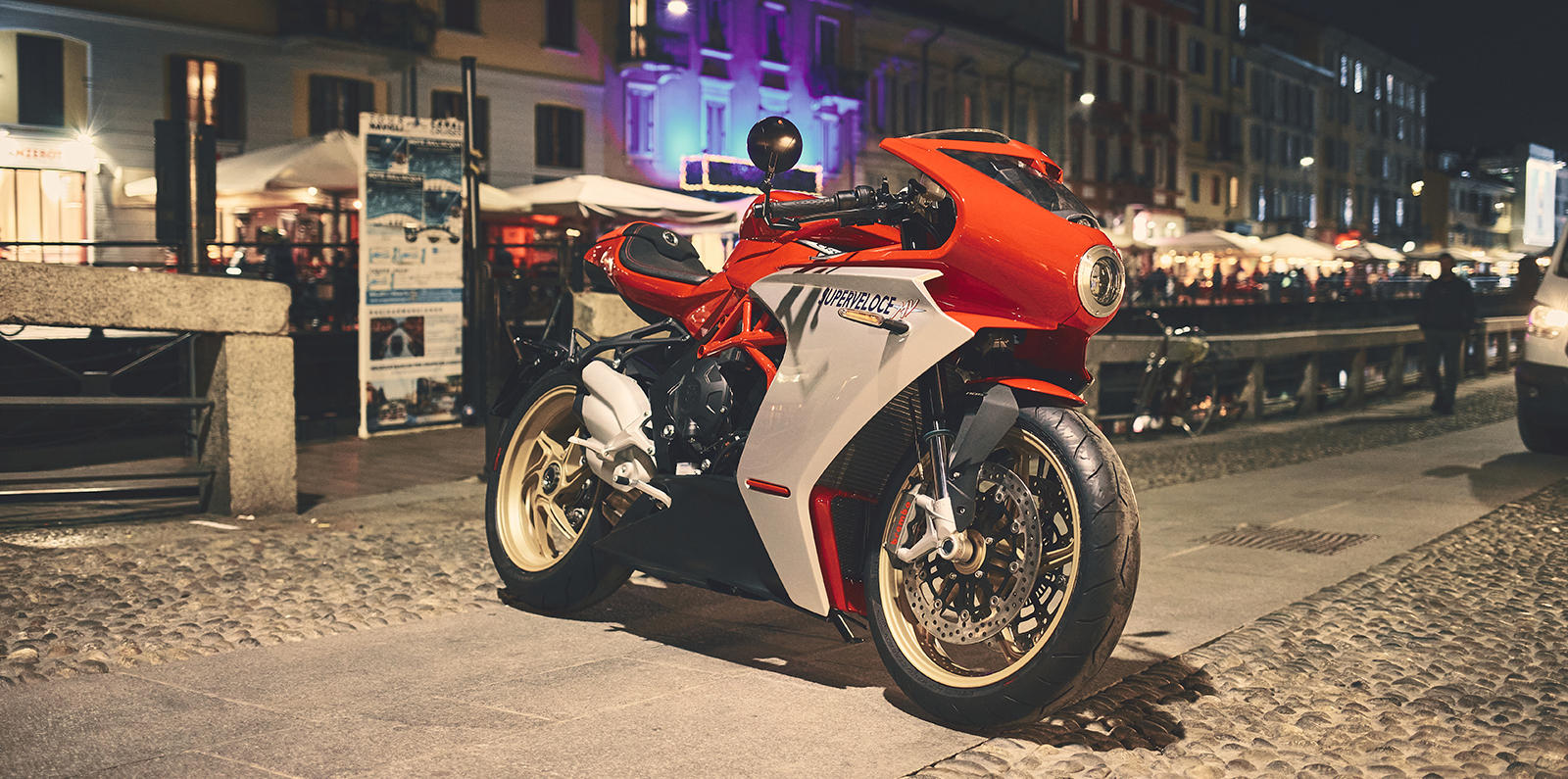 mv agusta super veloce 800 motorcycle parked in the streets of venice